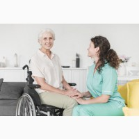 Нужна сиделка для женщины 80 лет