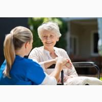 Нужна сиделка для женщины с остереопозом и хроническими болями 83 лет